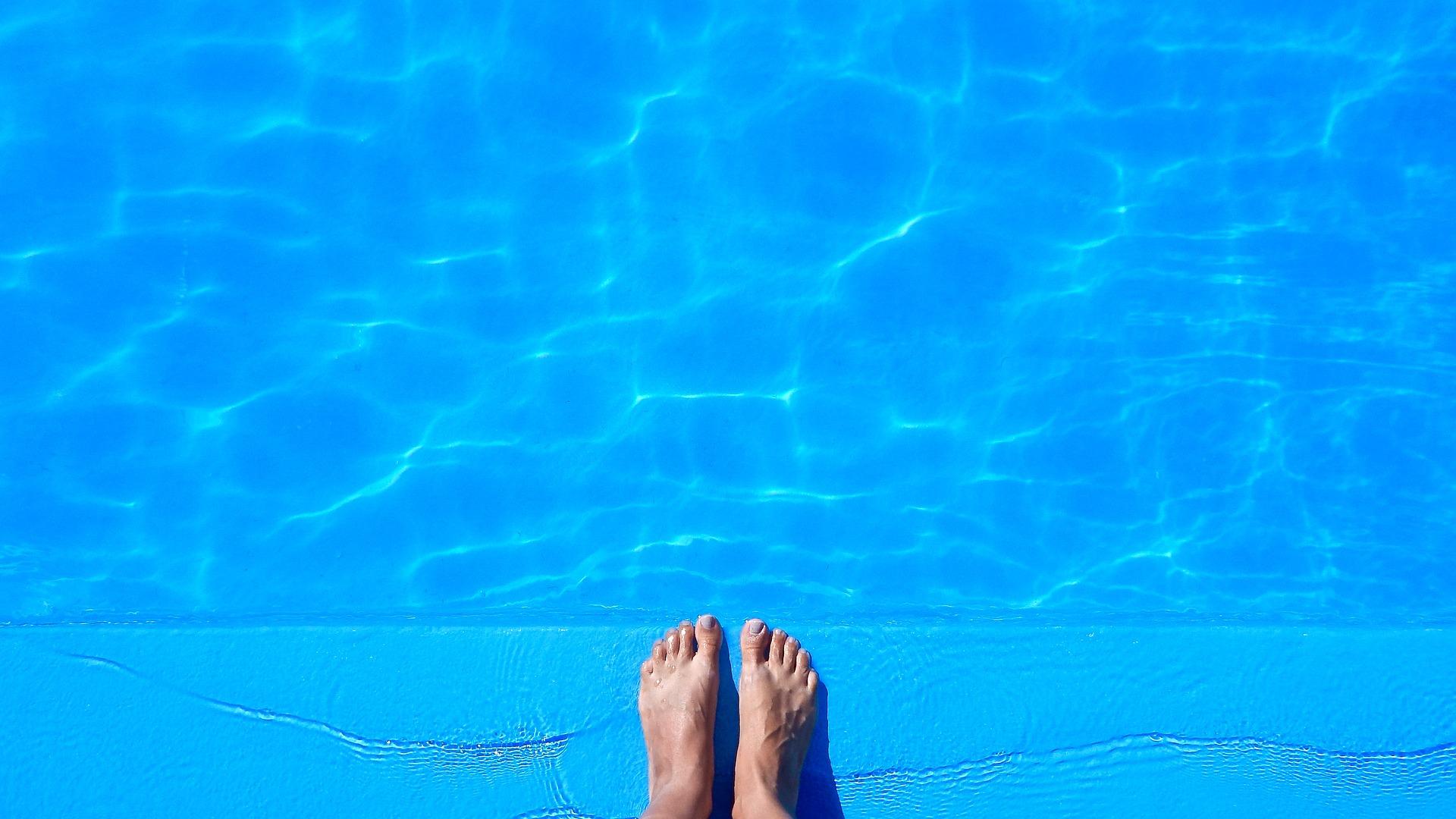 Piccole crepe nella tua piscina?